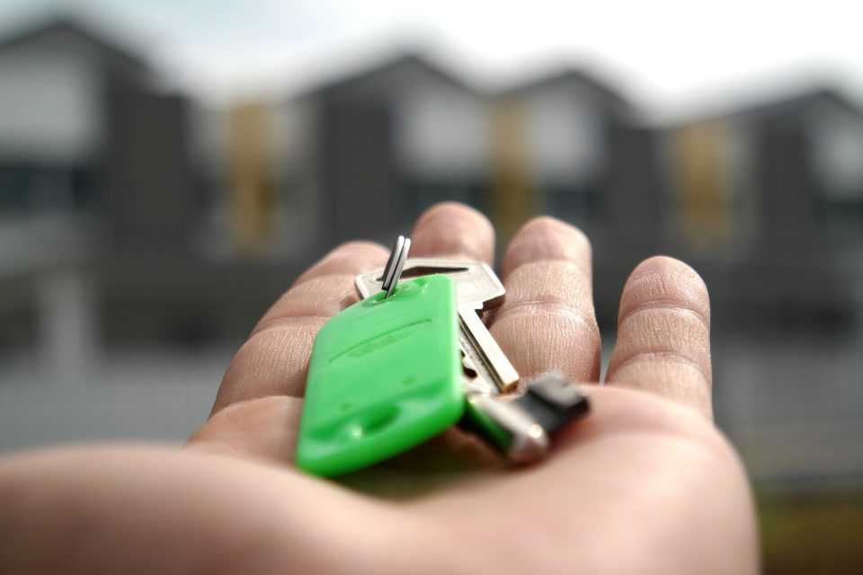 house keys in a hand