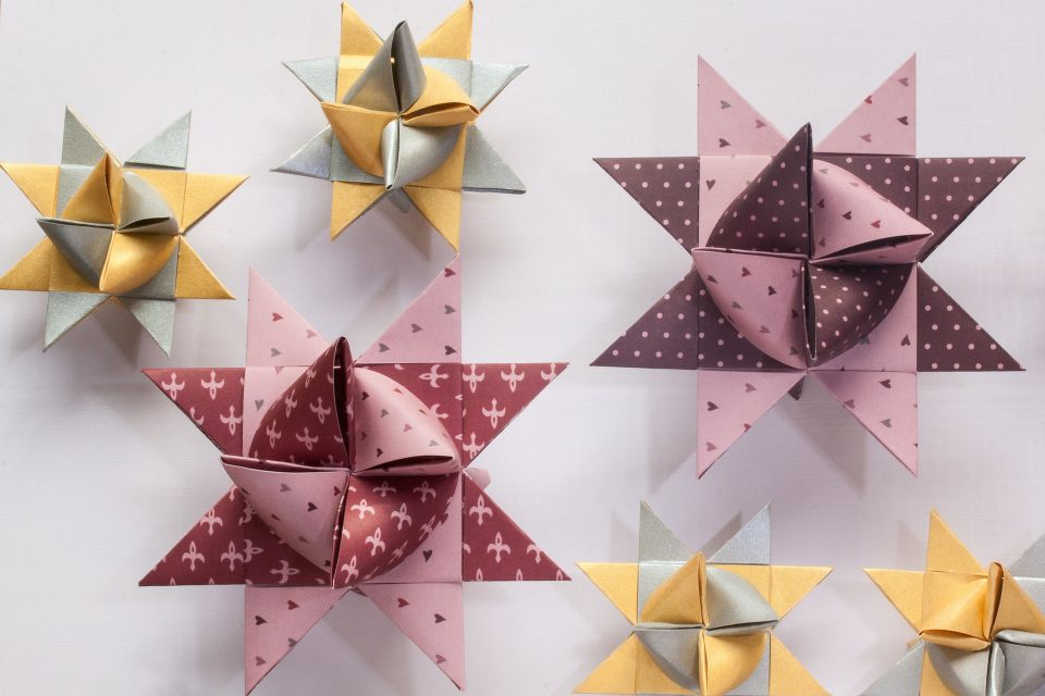 origami stars in pinks and yellows