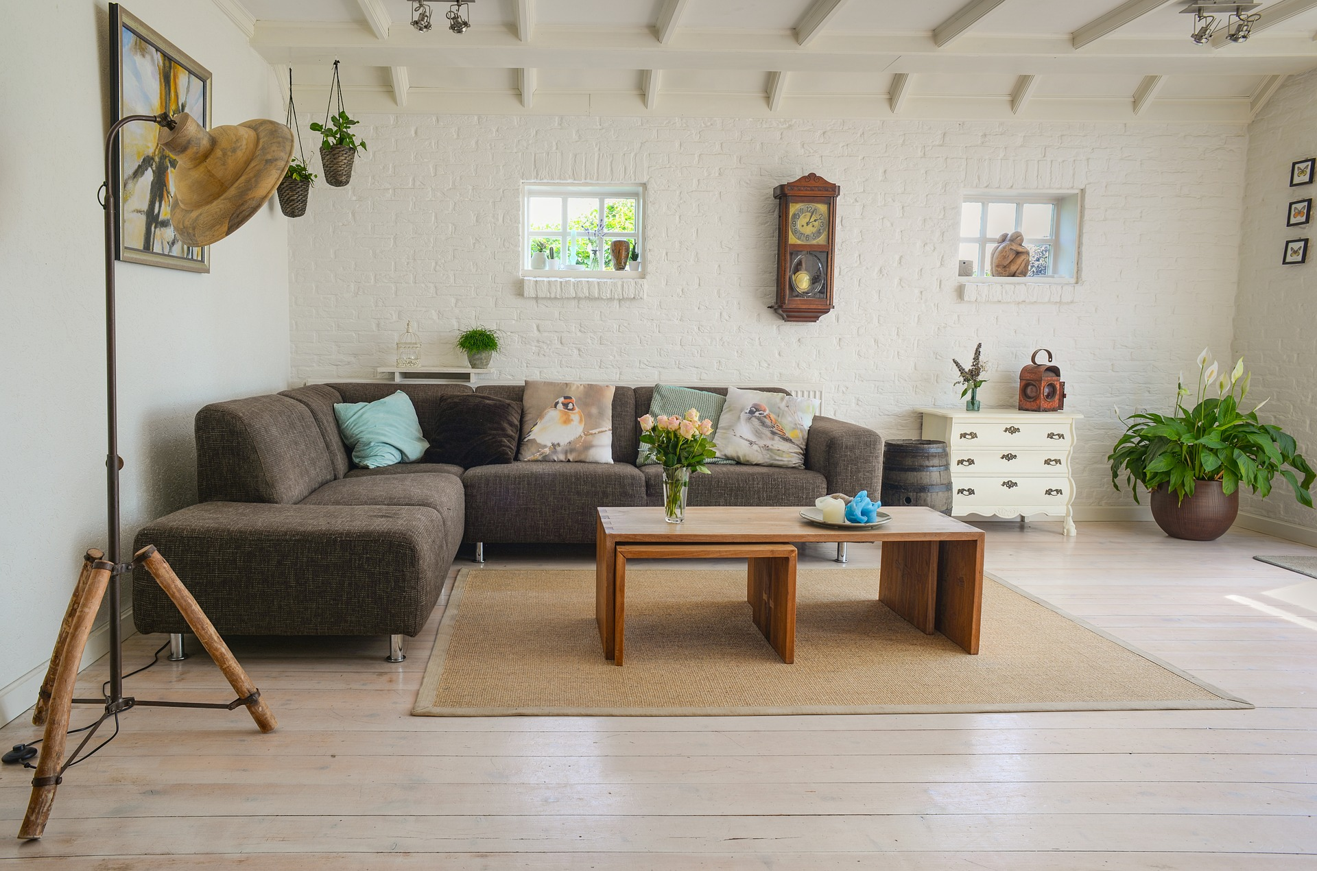 living room, home interior space
