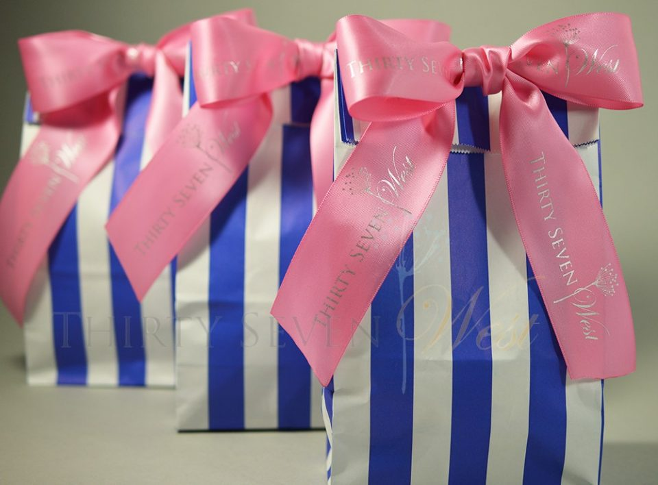 bags with ribbon