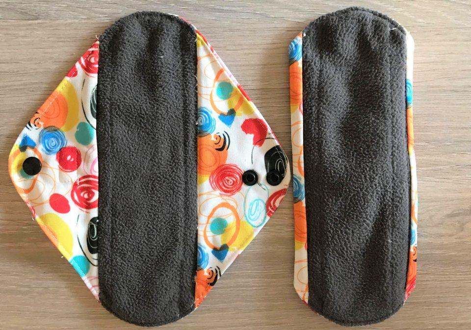 2 cloth sanitary pads