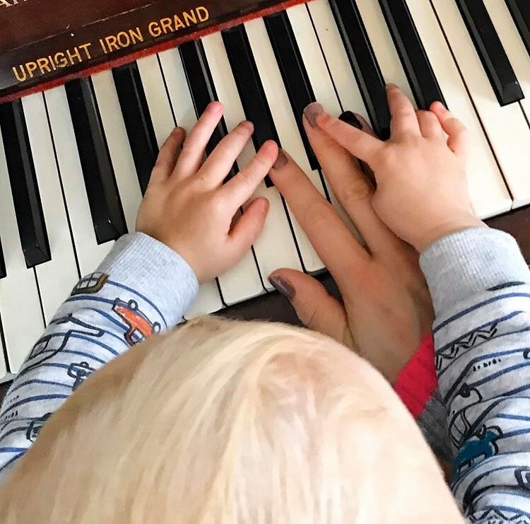 my hands and williams on the piano keys