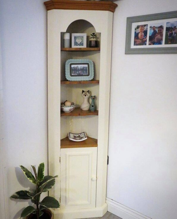 the finished corner unit after upcycling