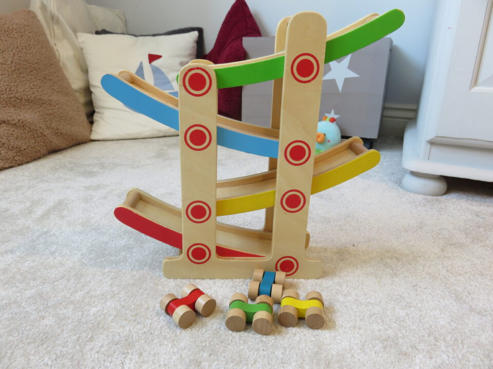 cars and drop slope toy
