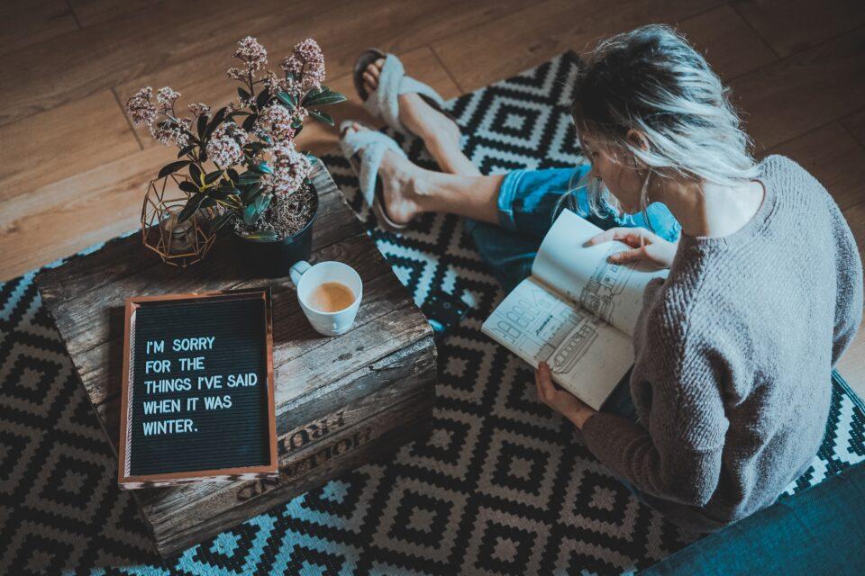 a lady sat reading