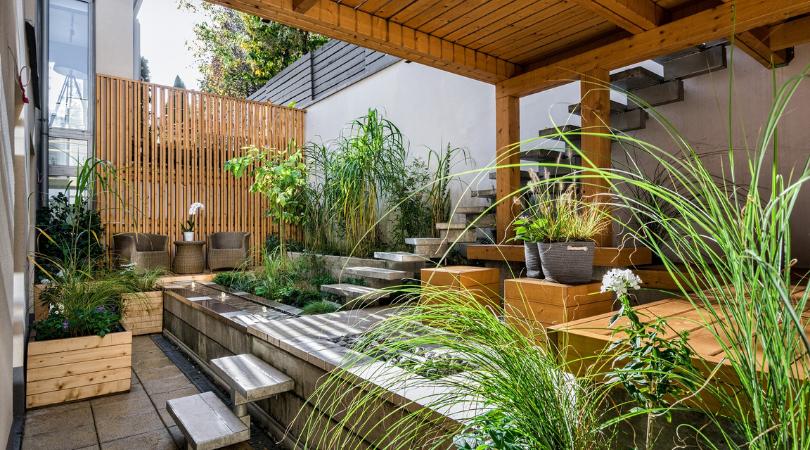 large garden patio for outdoor entertainment