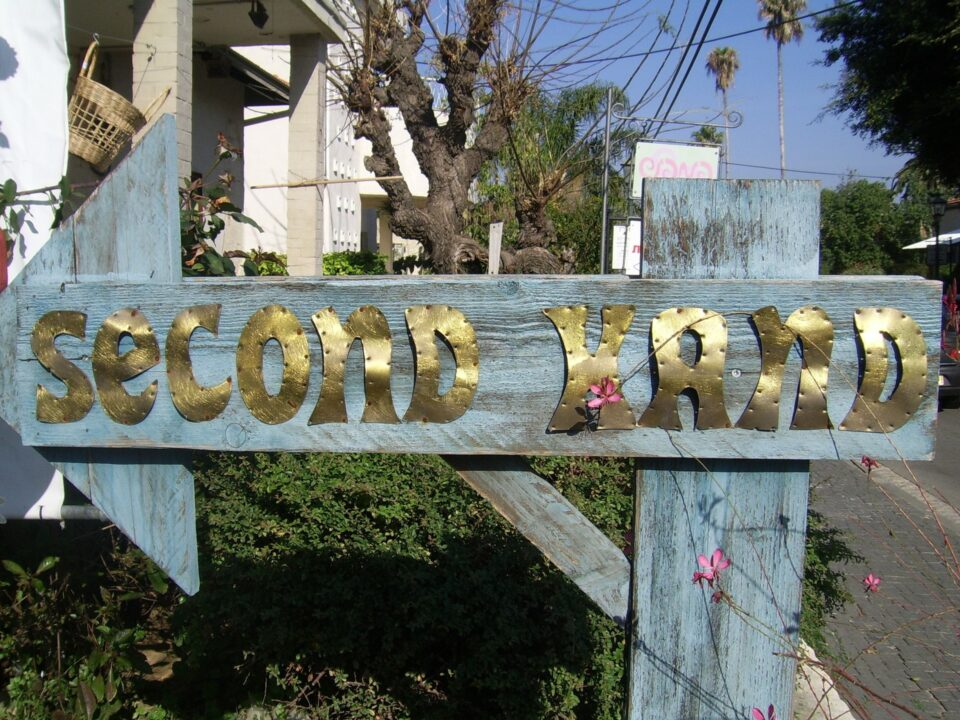 secondhand sign