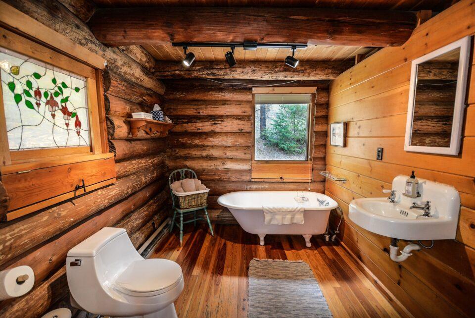 log cabin style bathroom